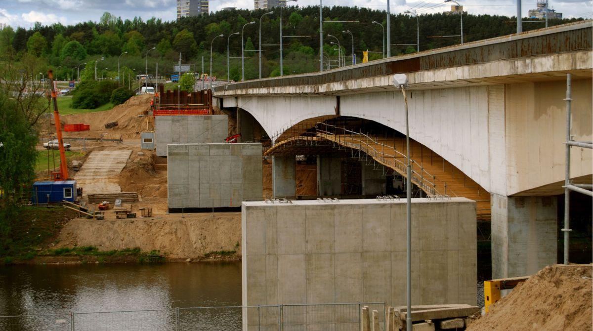 Lazdynu-tiltas-2.jpg