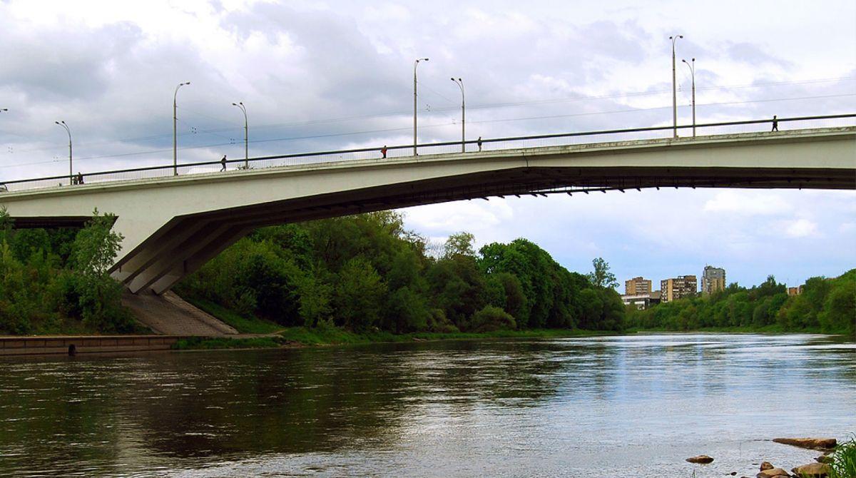 Zirmunu-tiltas-2_1.jpg