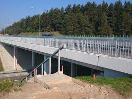 Moluvėnų dviejų lygių sankryžos viadukas A1 kelyje