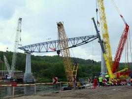 Pėsčiųjų ir dviračių tilto per Nemuną Alytuje statyba
