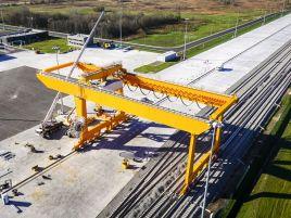 Vilnius intermodal terminal runway installation work
